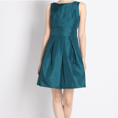 皱纹纸做裙子步骤图